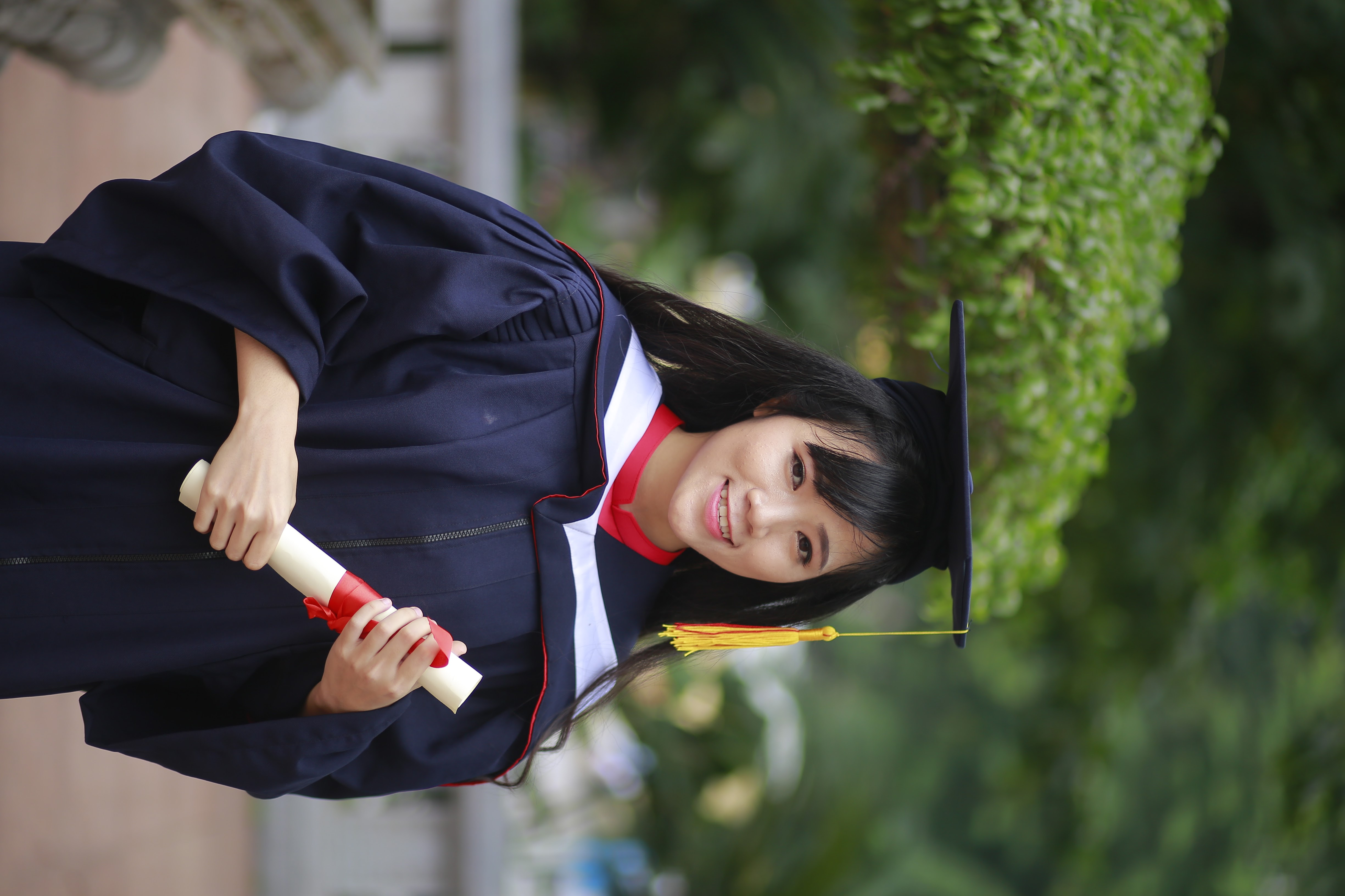 Hoàng Thị Kim Huệ