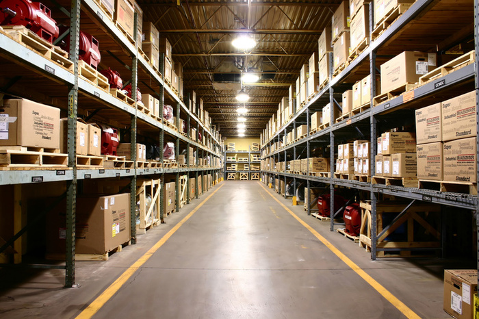 Công việc của thủ kho trong công ty sản xuất là gì?
