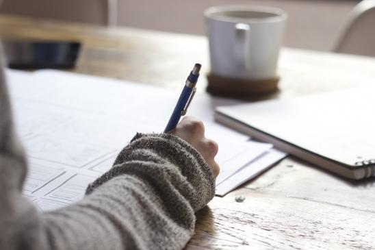 Tìm hiểu về nghề viết bài thuê tại nhà